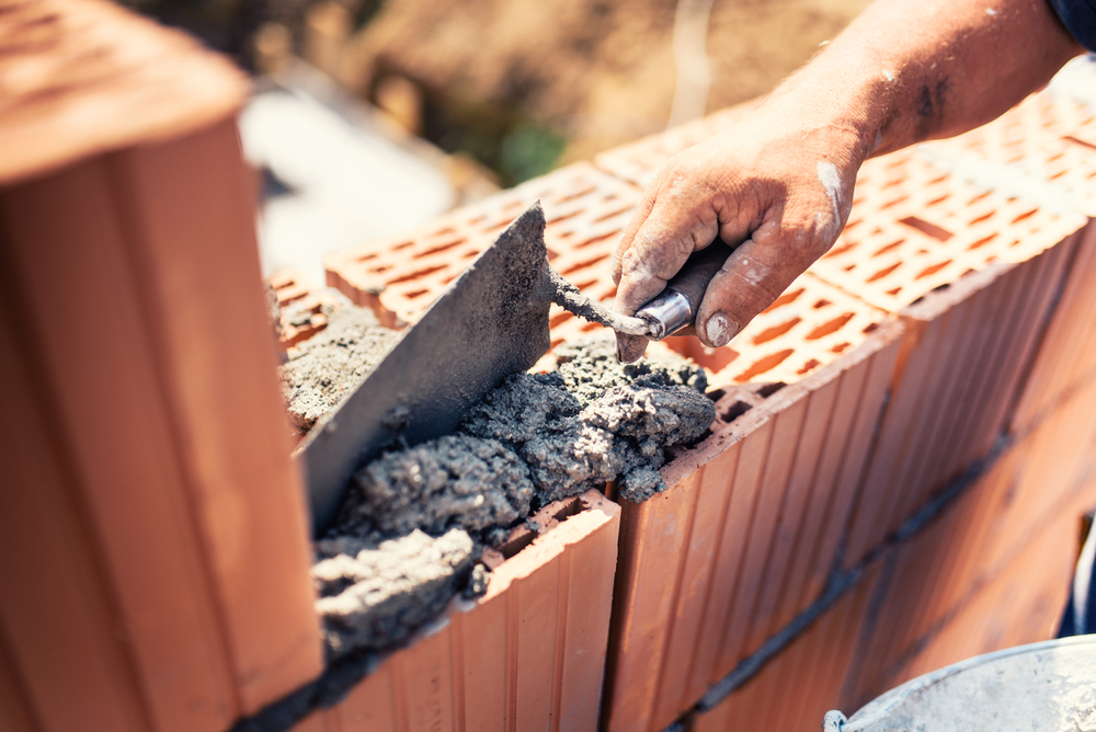 Je jar ideálne obdobie na stavbu domu?